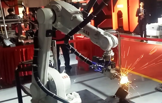3D Robotic Arm Laser Cutting and Welding Machine
